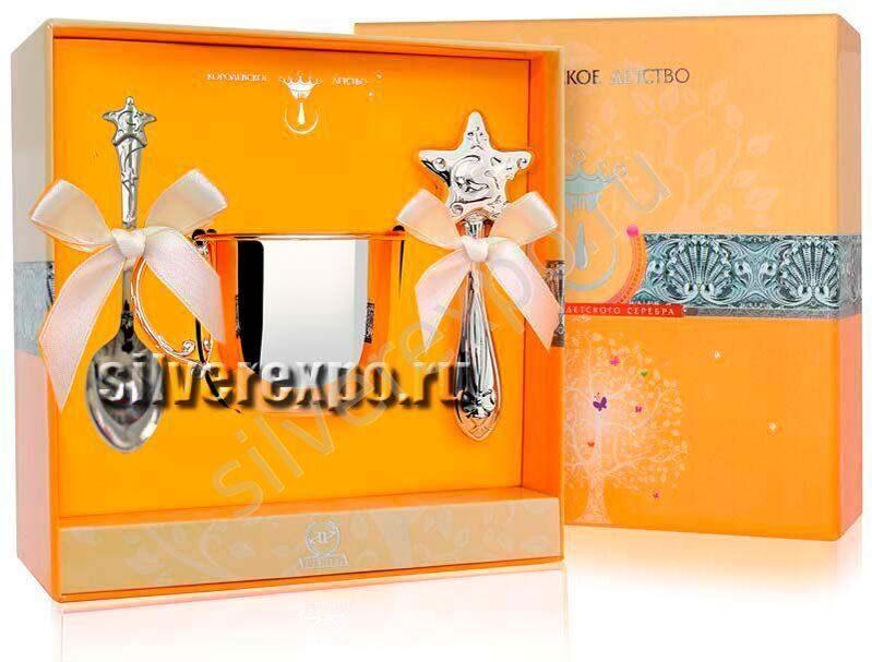 Серебряная кружка с ложкой и погремушкой Звезда Фабрика серебра АРГЕНТА 12214