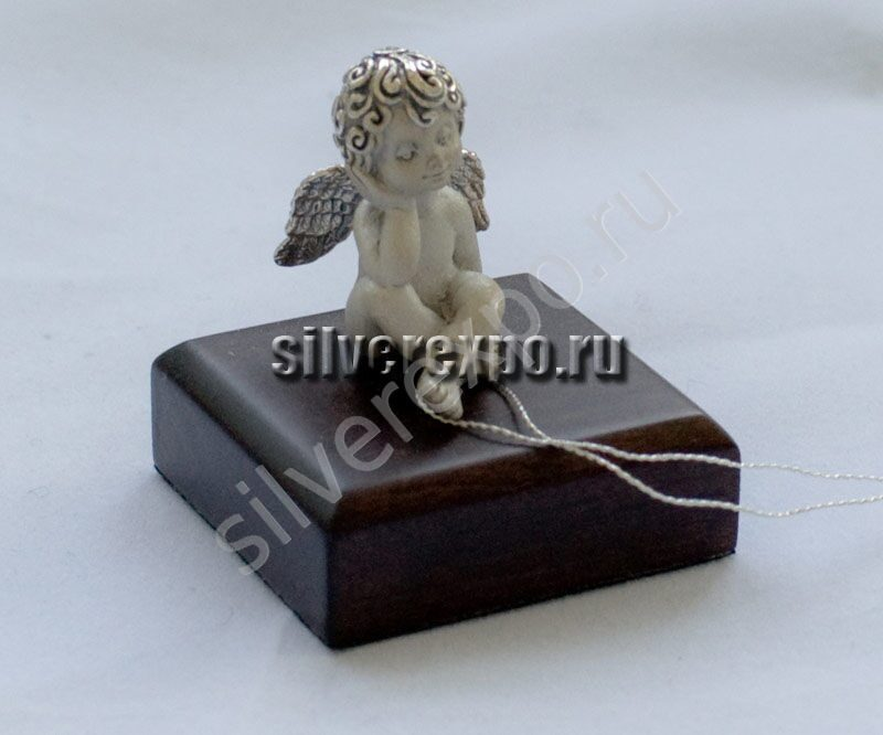 Серебряная статуэтка Ангелок ООО «Золотой Стандарт» 991646